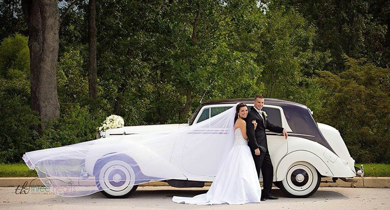 Mr. & Mrs. Chiaravalloti with our 1951 Classic Bentley